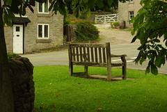 20130806-11_Bench - Village Green - Wetton