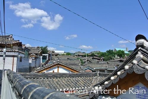 Seoul South Korea Bukchon Photo Spot traditional rooftops