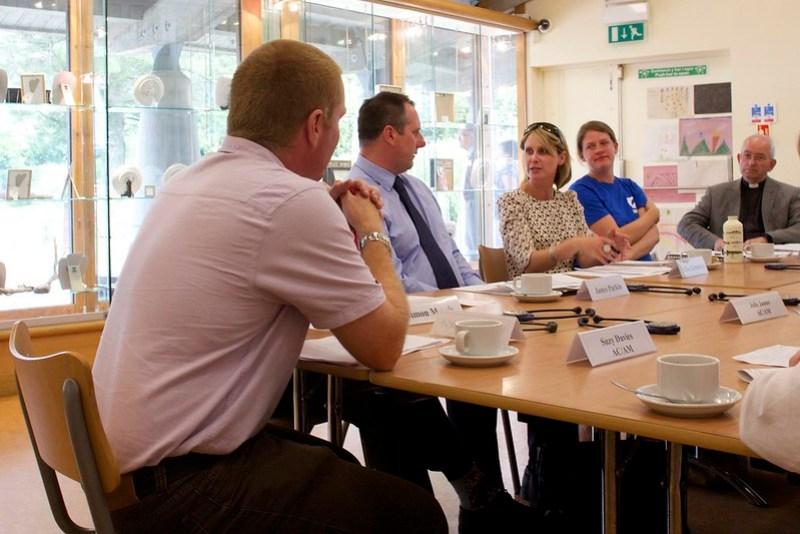 Enterprise and Business Committee: Inquiry into tourism / Y Pwyllgor Menter a Busnes: Ymchwiliad i dwristiaeth