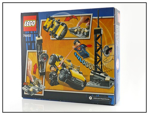 LEGO Super Heroes DC Universe 76002 Superman Metropolis Showdown 03