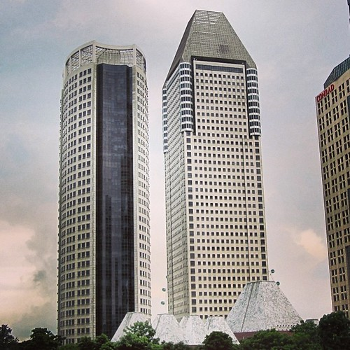 Millenia Tower #singapore by @MySoDotCom