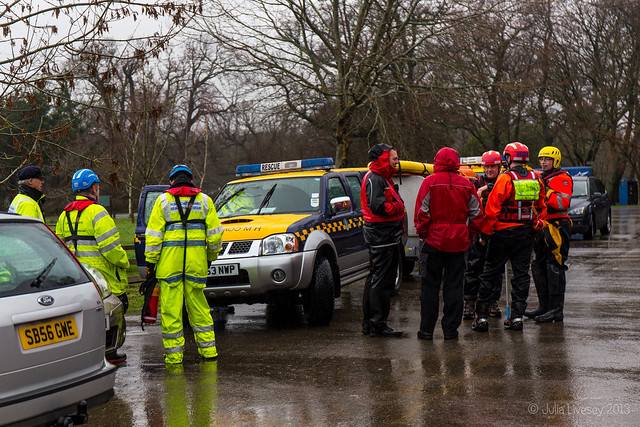 Search & Rescue team in carpark at Upton Country Park