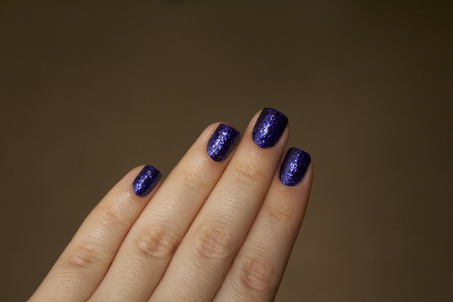 04 Morgan Taylor Regal As A Royal without topcoat