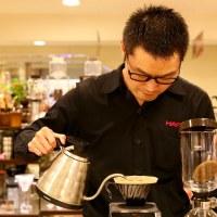 【手沖咖啡器具】HARIO 台北SOGO忠孝直營專櫃,逛街累了來這歇歇聊咖啡!