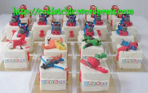 Minicake thomas, minicake cars, minicake dusty the planes disney, minicake chupacabra the planes disney, minicake ned the planes disney, minicake bulldog the planes disney