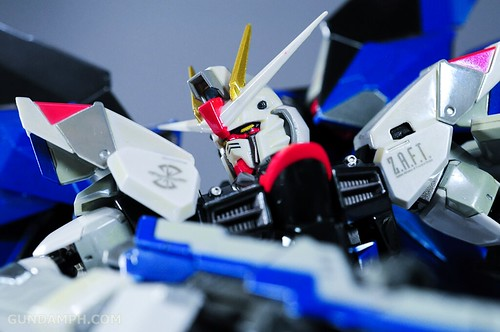 Metal Build Freedom Gundam Prism Coating Ver. Review Tamashii Nation 2012 (48)