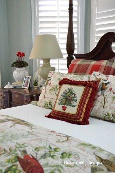 master bedroom decorating ideas christmas Holiday Bedding and Bedroom Christmas Decor