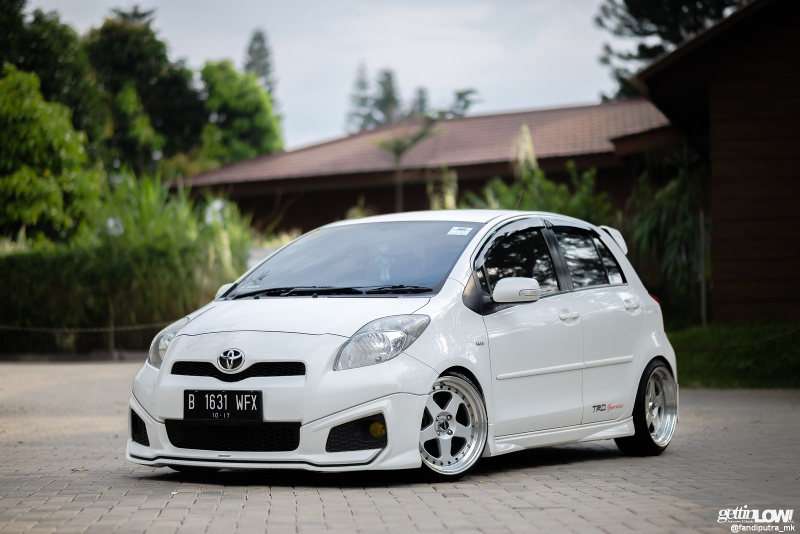 toyota yaris trd modif harga all new 2015 gettinlow modifikasi simpel 2012 milik