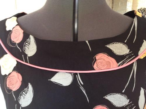 black roses Simplicity 2180 piping
