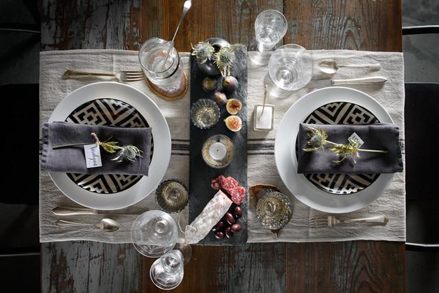 Table Settings - JM 11