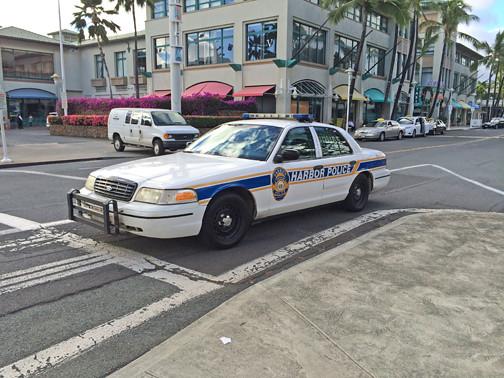 harbor police car