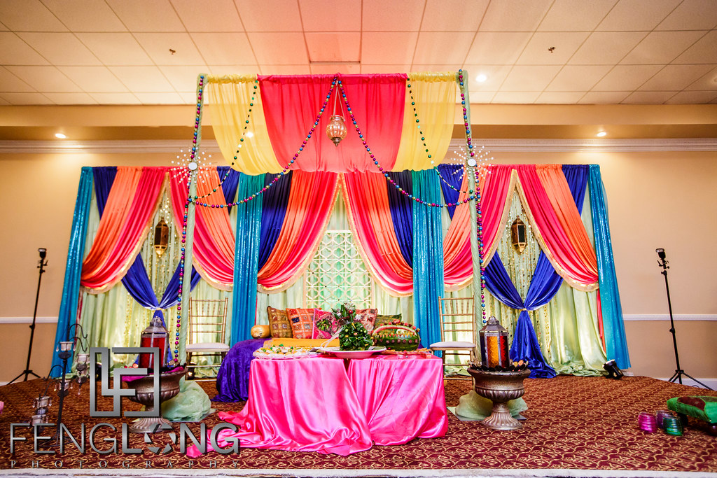 Wedding stage by Events Instyle by Beenish