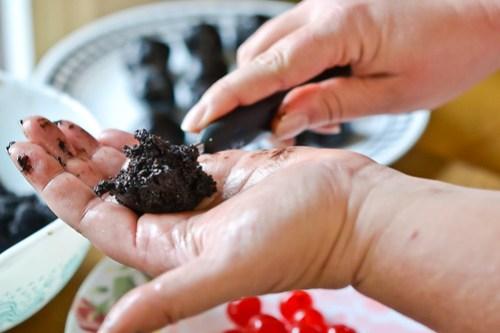 Chocolate-Cherry Cookie Balls-3