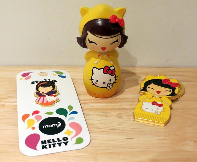 Momiji - Chihiro doll & keyring, and Stella badge