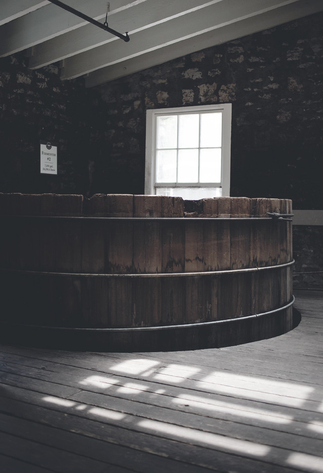 bourbonmaking, woodford reserve, versailles, ky (small)