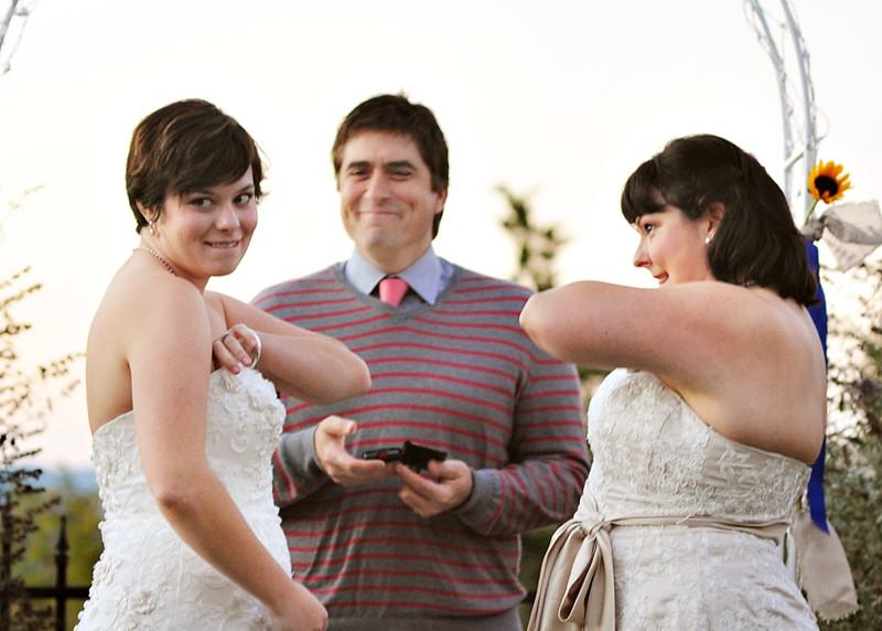 Jayme & Sondra\'s rustic blended family wedding | Offbeat Bride