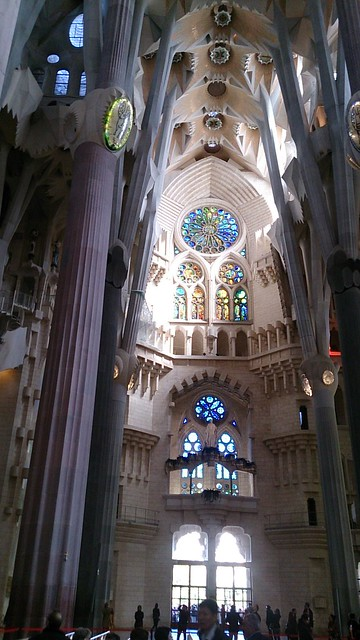 sagradafamilia_inside04