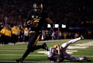 hi-res-452693575-running-back-marcus-murphy-of-the-missouri-tigers_crop_north