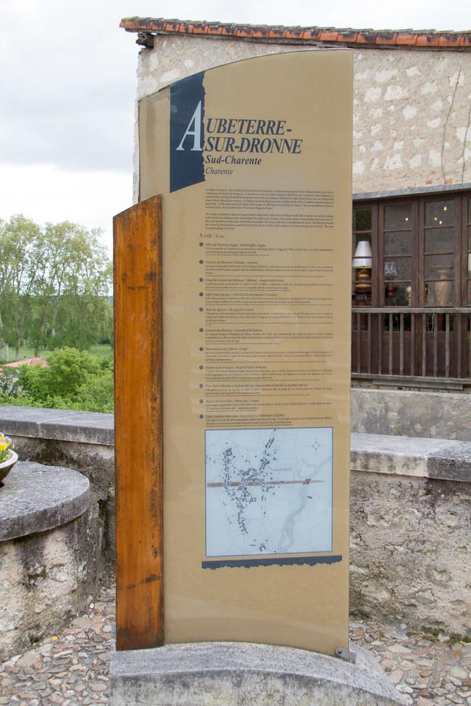 Aubeterre-sur-Dronne 20130511-_MG_8576