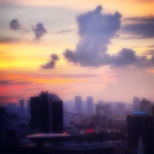 Setting sun #singapore #sunset by @MySoDotCom