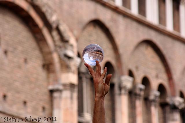 Juggling at Ferrara Buskers Festival, Ferrara, Italy