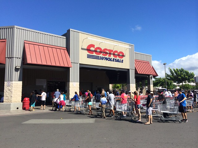 Costco Before Hurricane Iselle