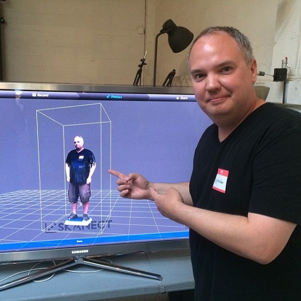 Double selfie...me with a 3D scanned version of me via a  @structure scanner