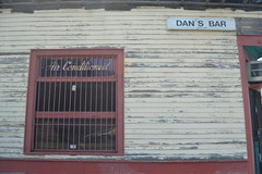 676 Dan's Bar