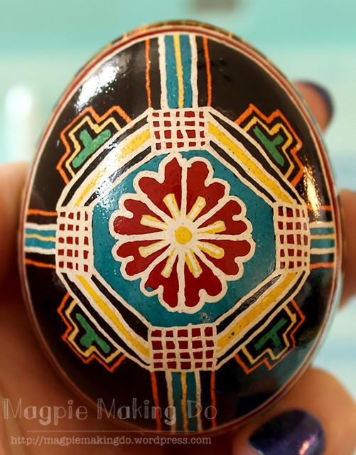 vine egg front 2013