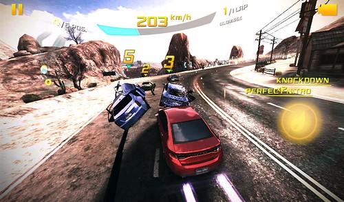 เกม Asphalt 8: Airborne คุณภาพกราฟิกระดับ Medium บน Samsung Galaxy Tab 3 Lite 3G
