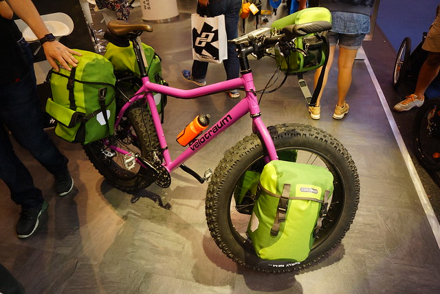 Eurobike 2014: Ortlieb-equipped Velotraum touring fatbike