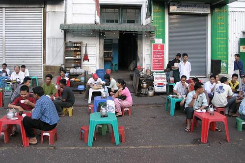 Myanmar - Yangon - Street Life - 17