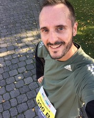 Joined somewhere around 13,000 runners and an estimated 400,000 spectators today in Frankfurt. Lots of fun in the sun!