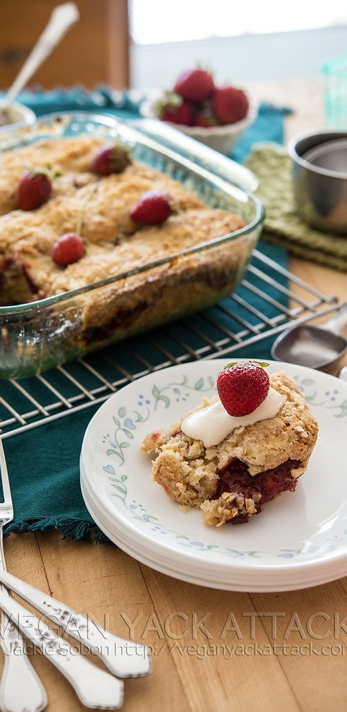 Gorgeous seasonal strawberries and a luscious cashew cream make up the filling to this amazing, vegan Strawberries & Cream Coffee Cake!