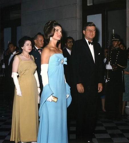 jackie kennedy evening dresses - photo #12