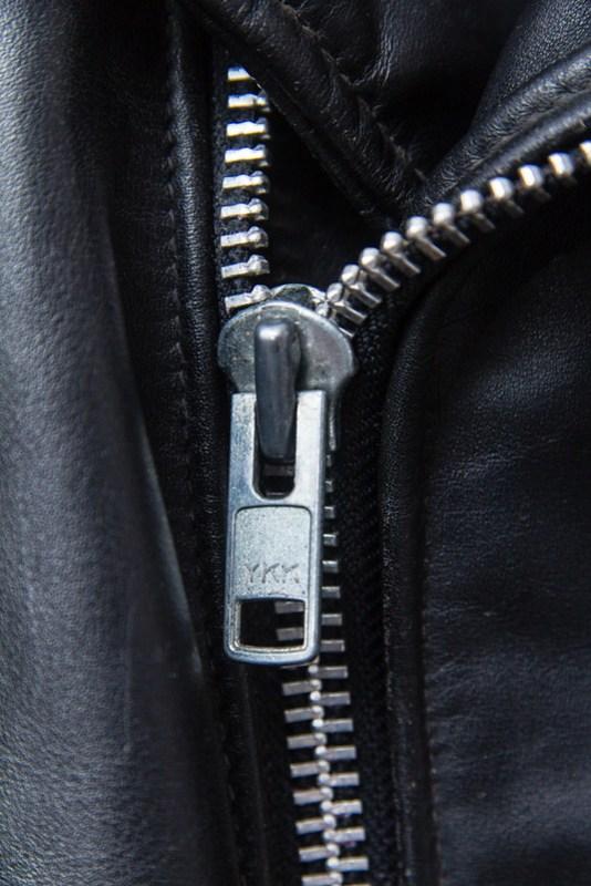 Schott Perfecto 618 - main zipper detail