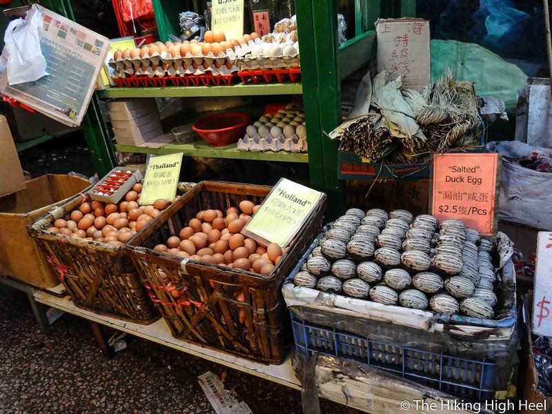 Eierstand auf einem Markt in Hongkong
