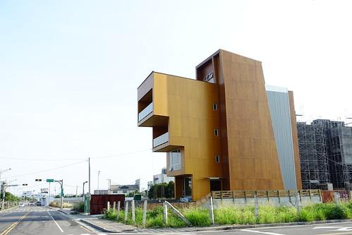 Woodtek 臺灣森科總部大樓 錯層壓木材 CLT木構造 – 準建築人 Forgemind ArchiMedia