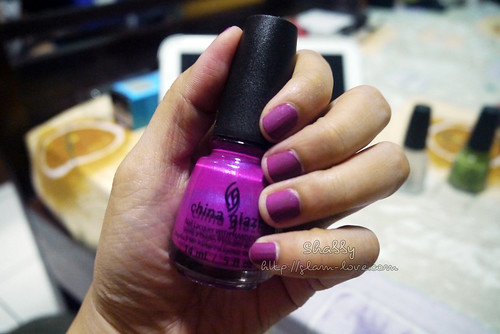 China Glaze - Flying Dragon 001v2