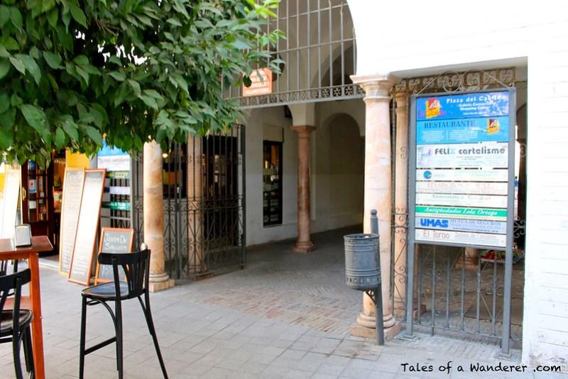 SEVILLA - Calle Almirantazgo / Plaza del Cabildo