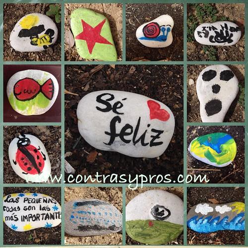 Mosaico de piedras pintadas