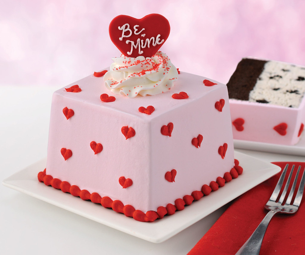 Be Mine Mini Valentines Cake