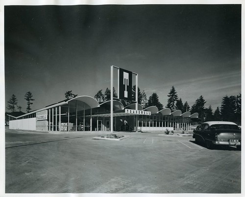 Burien Tradewell, 1957