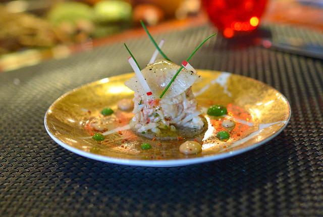 LE CRABE ROYAL crab, strips of spicy daikon