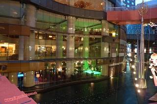 P1060493 Canal City, centro comercial (Fukuoka) 12-07-2010 copia