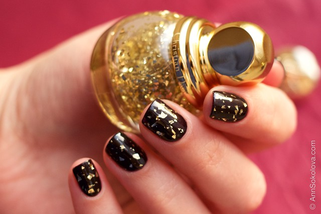 03 Dior Diorific Vernis #001 Golden Shock over #990 Smoky swatches