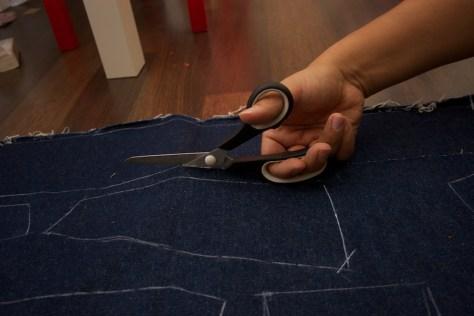 Zuschneiden des Hosenbundes