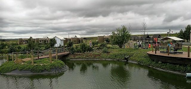 Thanda Tau pond