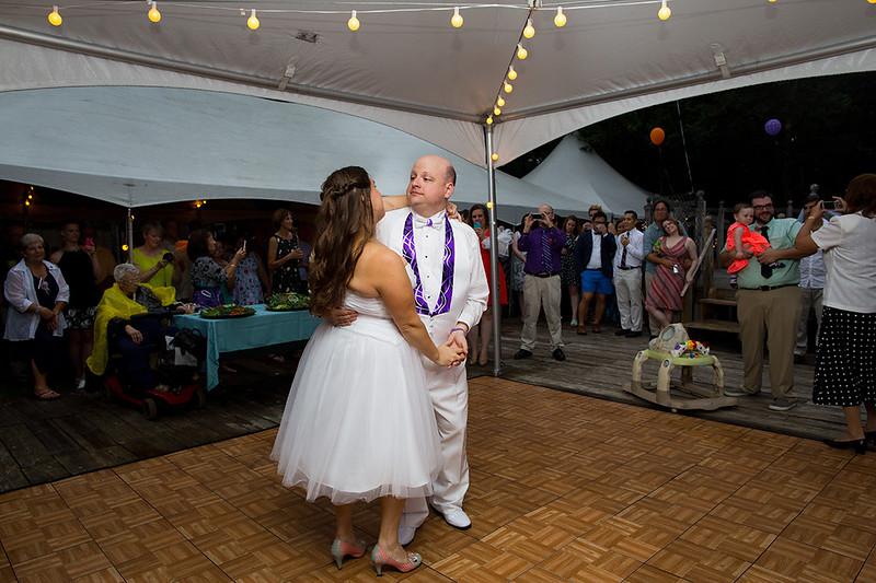 Long_Island_Backyard_Wedding_Photographer_R_CS__23