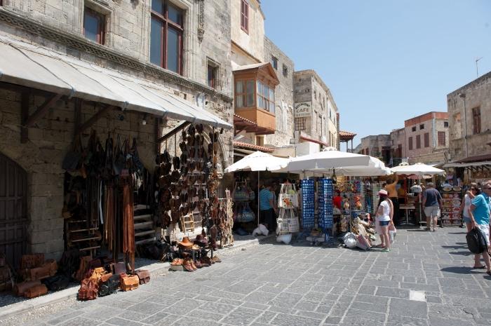 Rhodos_Old_Town_04_Rhodos_Sandals_Aristoteles_Strasse